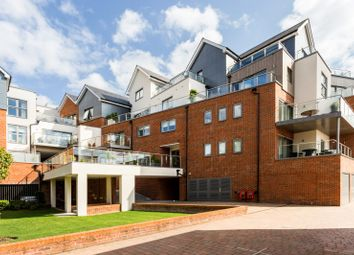Bridgewater Lodge, Bridgewater Terrace, Windsor, Berkshire SL4. 3 bed flat for sale