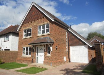 Thumbnail 4 bed detached house to rent in Brighton Road, Salfords, Redhill