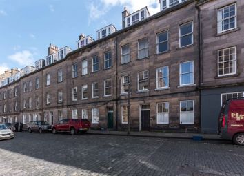 Thumbnail 2 bed flat for sale in Barony Street, New Town, Edinburgh