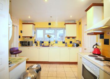 Thumbnail Room to rent in Room 1, Sugden Way, Barking