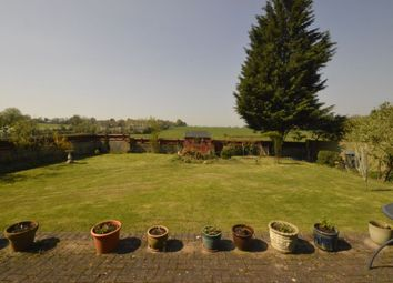 Thumbnail 4 bed bungalow for sale in Great North Road, Brookmans Park, Hatfield