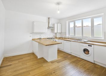 Thumbnail 3 bed flat to rent in Creighton Avenue, Muswell Hill