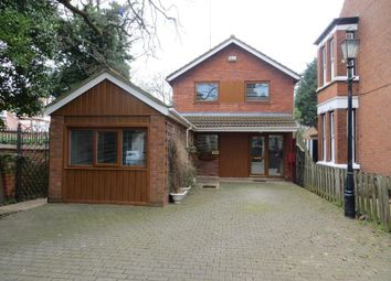 Thumbnail 3 bed detached house for sale in Park Avenue, Hull
