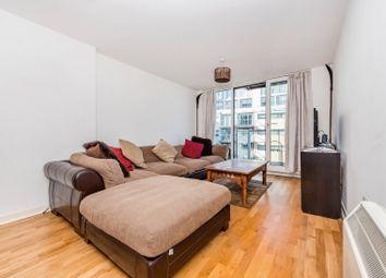 Thumbnail 1 bed flat to rent in 372 Queenstown Road, Battersea