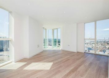 Thumbnail 2 bed flat to rent in 11 Saffron Central Square, East Croydon, Surrey