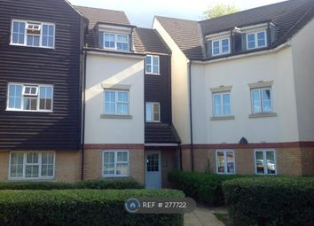 Thumbnail 2 bedroom flat to rent in Retreat Way, Chigwell