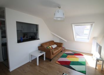 Thumbnail 2 bed flat to rent in Lansdowne Road, Purley
