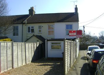 Thumbnail 1 bed flat to rent in Victoria Road, Alton