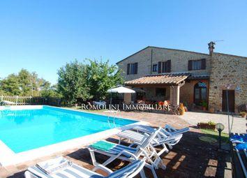 Thumbnail 5 bed villa for sale in Città Della Pieve, Umbria, Italy