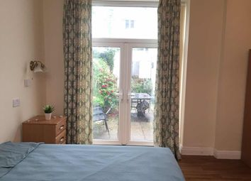 Thumbnail Room to rent in Dillwyn Road, Sketty, Swansea