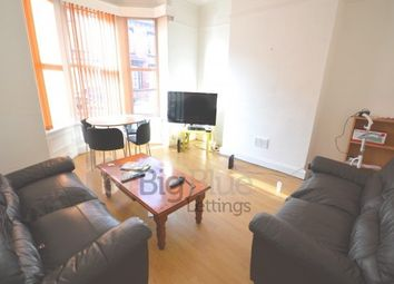 Thumbnail 6 bed terraced house to rent in 11 Norwood Terrace, Hyde Park, Six Bed, Leeds