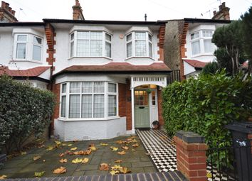 Thumbnail  Studio to rent in Hawthorn Avenue, Palmers Green