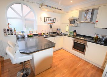 Thumbnail 1 bedroom flat to rent in Gordon Road, Camberley