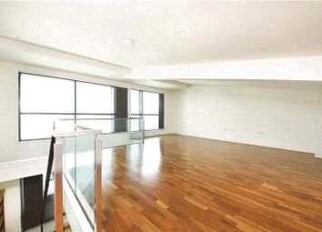 Thumbnail 2 bed flat to rent in Discovery Dock East, Canary Wharf Square, Canary Wharf, London