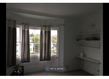 Thumbnail 1 bed flat to rent in Buckingham Place, Brighton