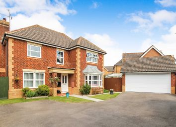 Thumbnail 4 bed detached house for sale in Walton Drive, Horsham