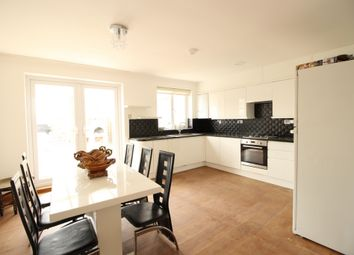 Thumbnail 5 bedroom terraced house to rent in Whymark Avenue, Wood Green
