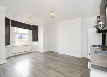 Thumbnail 3 bed flat to rent in Second Avenue, Hendon