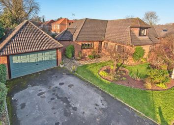 5 bed detached house for sale in The Street, Swallowfield, Reading RG7
