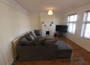 Thumbnail 3 bed flat to rent in Hampden Square, Southagte