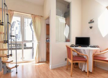 Thumbnail 1 bed terraced house for sale in Bridge Street, Abingdon