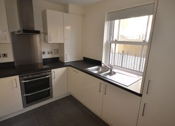 Thumbnail 1 bed flat to rent in Hawtrey Road, Windsor