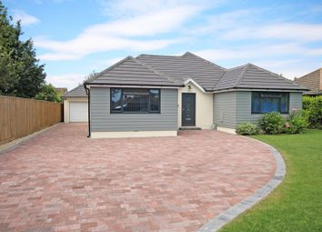 3 bed bungalow for sale in Dawkins Way, New Milton, Hampshire BH25