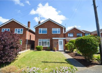 Thumbnail 3 bed detached house for sale in Meadow Close, Atherstone