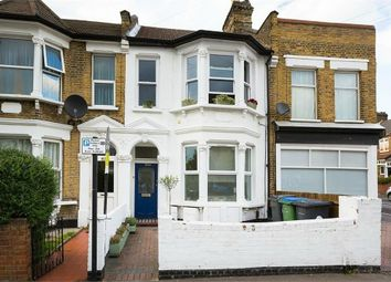 Thumbnail 2 Bed Flat For Sale In Grove Road Walthamstow London