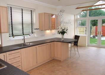 Thumbnail 5 bed detached house to rent in Victoria Avenue, Rayleigh