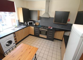 Thumbnail 5 bed terraced house to rent in Ashville Avenue, Hyde Park, Leeds