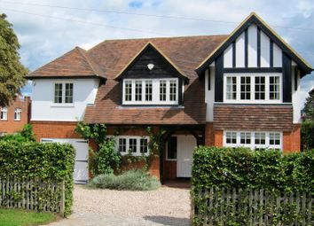 St. Andrews Road, Henley-On-Thames, Oxfordshire RG9. 5 bed detached house