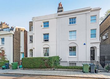 Stockwell Park Road, Stockwell, London SW9. 1 bed flat