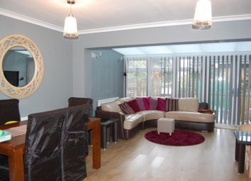 Thumbnail 4 bed town house for sale in Andrews Close, Buckhurst Hill