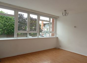 3 bed maisonette to rent in Cottage Street, London E14