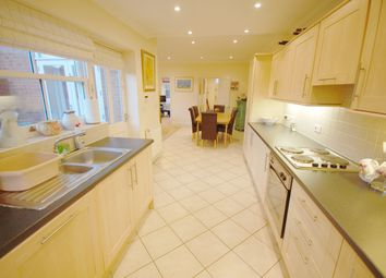 Thumbnail 4 bed town house for sale in Kiln Lane, Louth