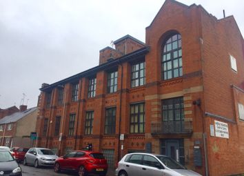 2 bed flat to rent in Western Road, Leicester LE3