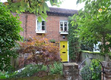 Thumbnail 3 bed cottage for sale in High Street, Buntingford