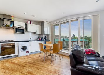 Thumbnail 2 bed flat to rent in Rowcross Street, London