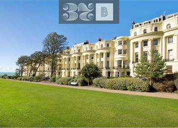 Brunswick Square, Hove, East Sussex BN3. 1 bed flat for sale