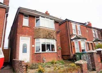 Thumbnail 3 bed detached house for sale in Radstock Road, Southampton