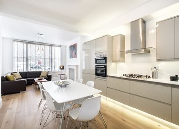 Thumbnail 2 bed maisonette to rent in Charlton Place, London