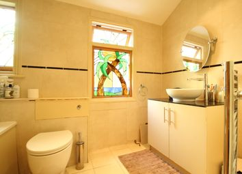 Thumbnail 1 bed flat to rent in Park Road, Kenley