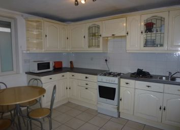 Thumbnail 4 bed flat to rent in Lipton Road, Limehouse