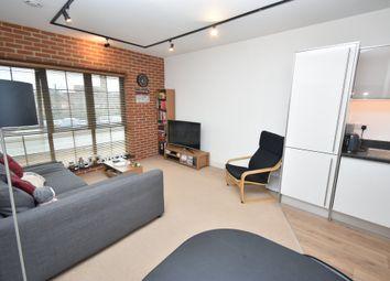 1 bed flat for sale in Kelvin Road, Newbury RG14