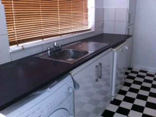 Thumbnail 5 bedroom shared accommodation to rent in Parliament Road, Middlesbrough