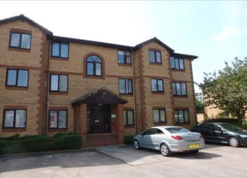 Thumbnail 1 bed flat to rent in Kinnaird Close, Slough