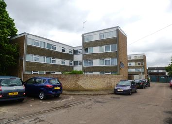 Thumbnail 3 bedroom maisonette for sale in Cotlandswick, London Colney, St. Albans