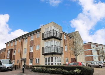 2 bed flat for sale in Shearer Close, Havant, Hampshire PO9