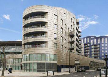 Thumbnail 1 bed flat for sale in Queensland Road, London